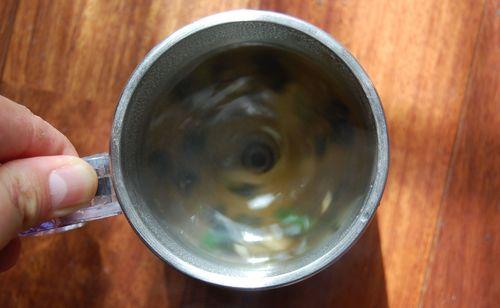 自動攪拌機付きマグ (16)