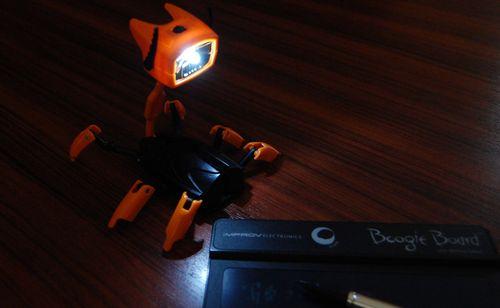LED変形ロボット (8)