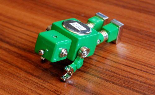 おもちゃのロボット (4)