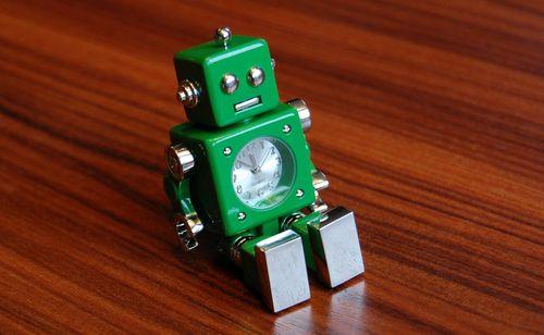 おもちゃのロボット (6)