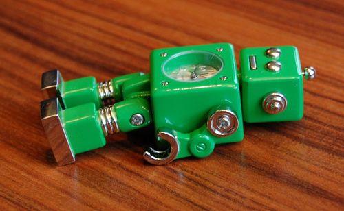 おもちゃのロボット (8)