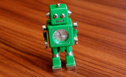 おもちゃのロボット (11)