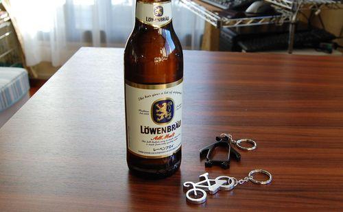 ボトルオープナーキーホルダー (6)