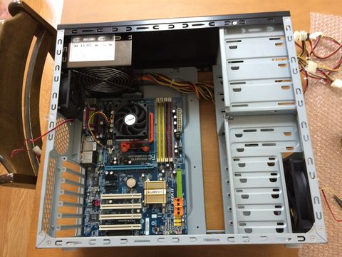 ケース内に設置されたGA-M52S-S3P