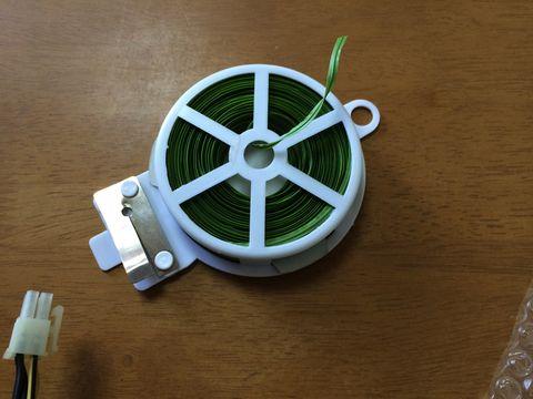 結線に便利な園芸用の針金